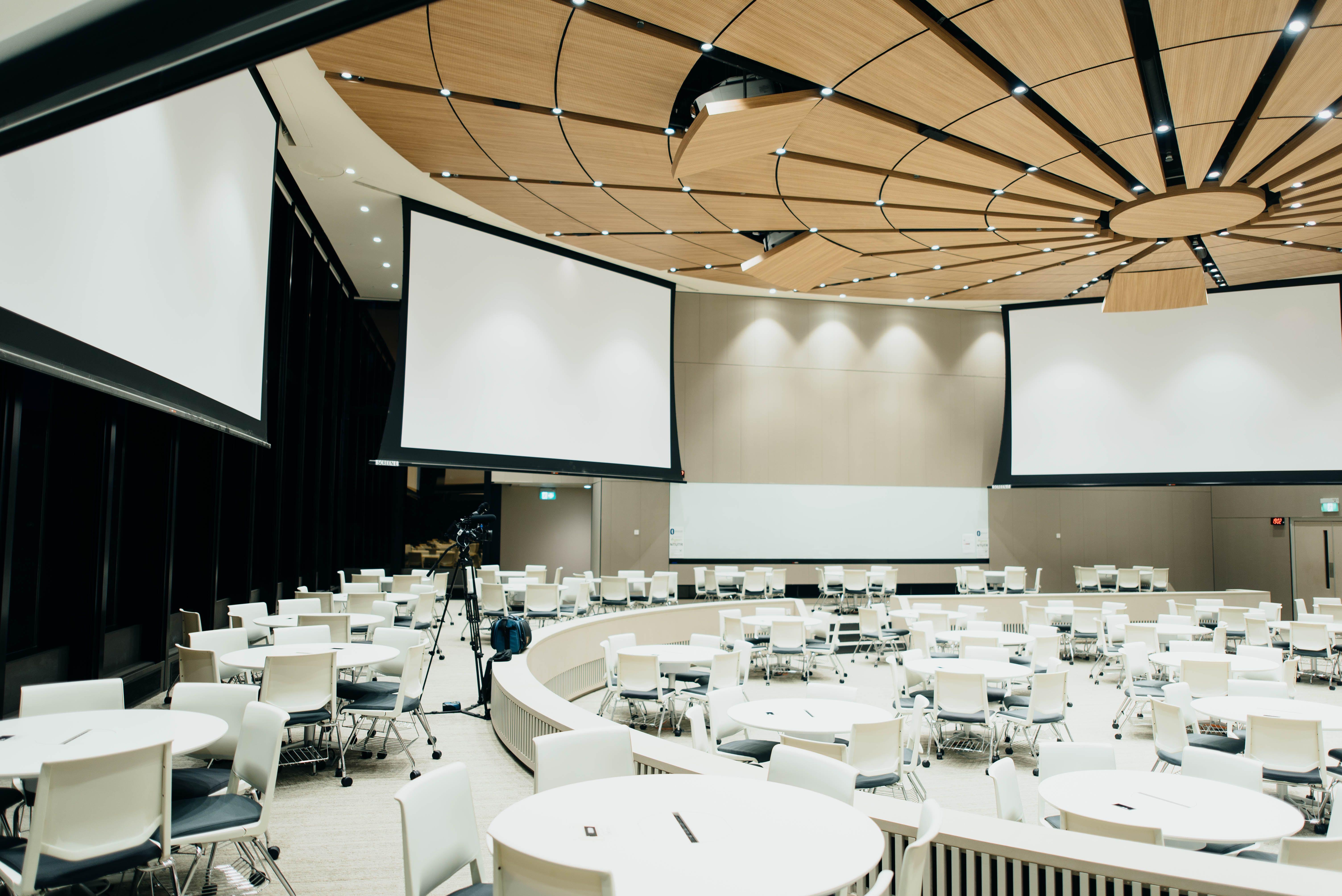 Corporate Meeting Rooms